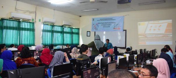 Pengabdian-Masyarakat-Pelatihan-E-Learning-Moodle-1